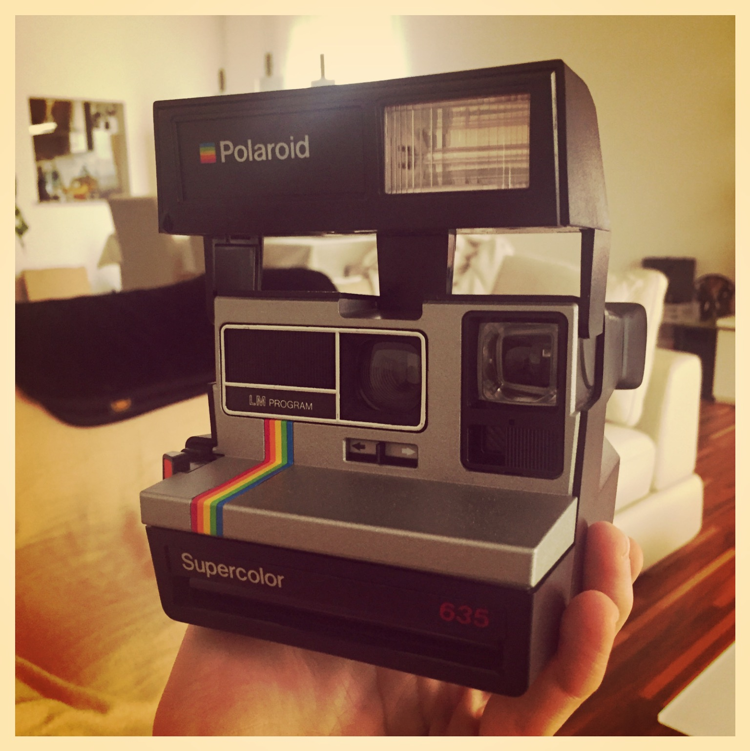 Shake it like a Polaroid Picture – Hey Ya!
